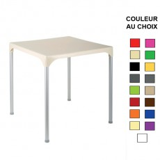 TPG-010 Table 70x70 cm empilable en polypropylene 17 couleurs au choix